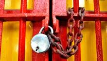 Chain & Lock